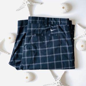 Nike | golf hybrid flat front short | size 40 |